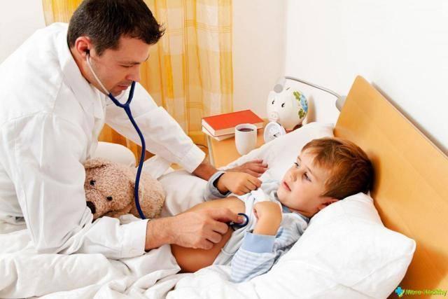 лающий кашель у ребенка комаровский