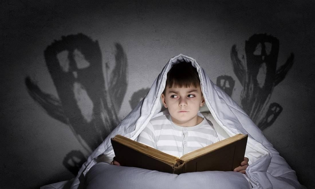 Боязнь темноты — как называется эта фобия, почему возникает страх и как бороться