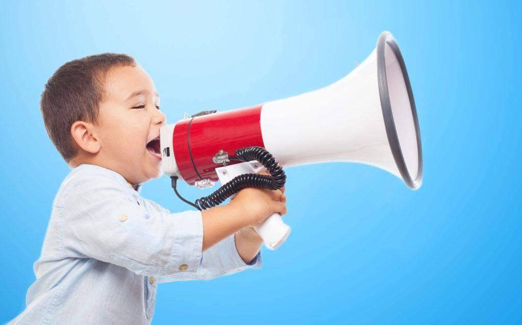 Основные причины и методы лечения осиплости голоса у ребенка
