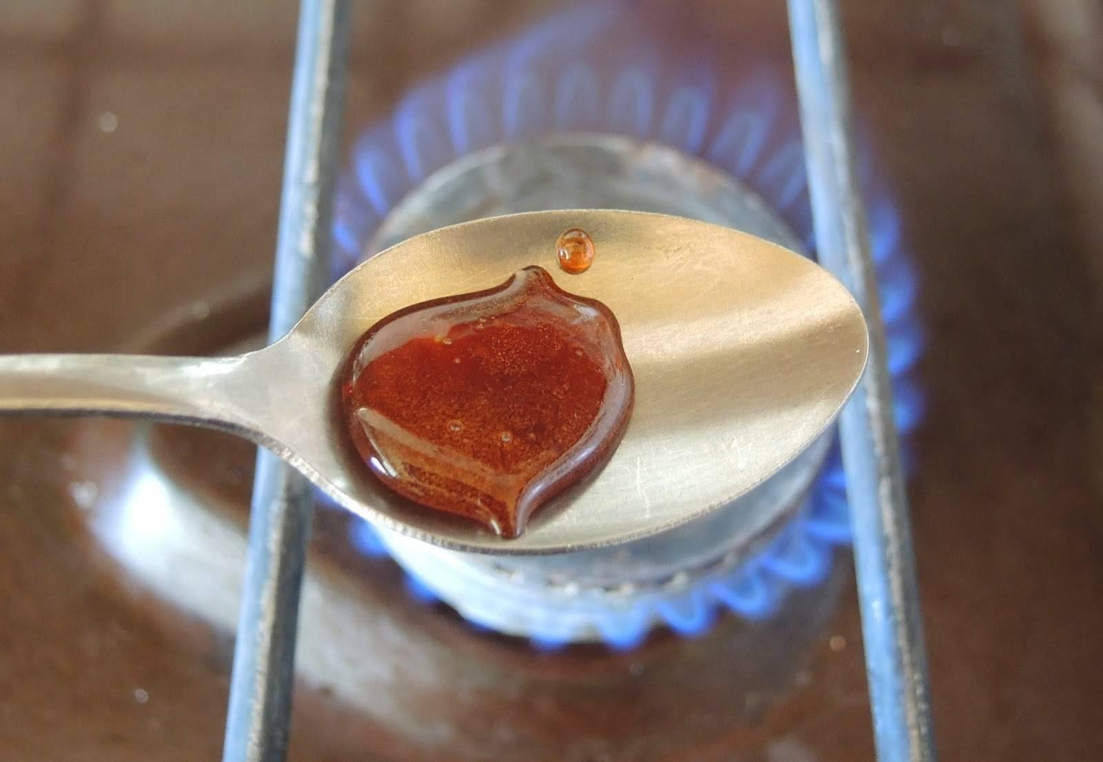 Жженый сахар от кашля: польза и вред, рецепт приготовления, отзывы