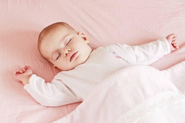 Ребенок храпит и не дышит носом ночью и храпит а соплей нет