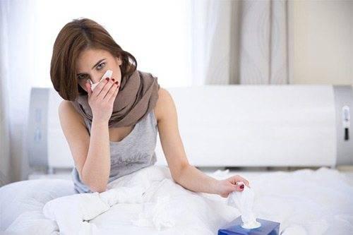 Лечение ангины у кормящей матери – что можно при грудном вскармливании