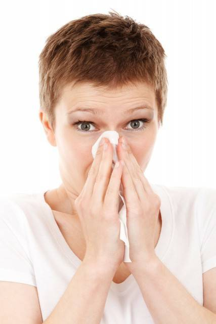 Снять отек носа при насморке в домашних условиях