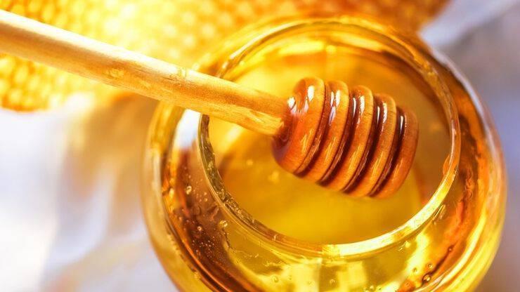 Лечение глаз медом