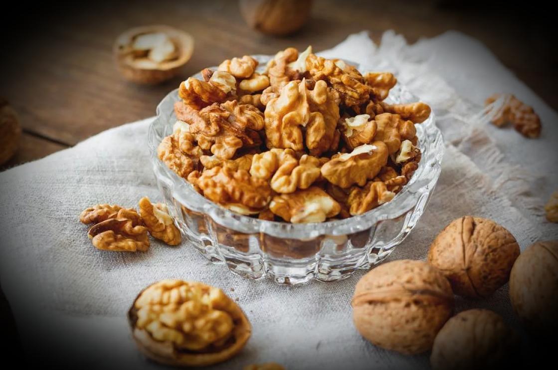 Какие орехи реально снижают холестерин? правда о миндале, грецких и других видах орешков
