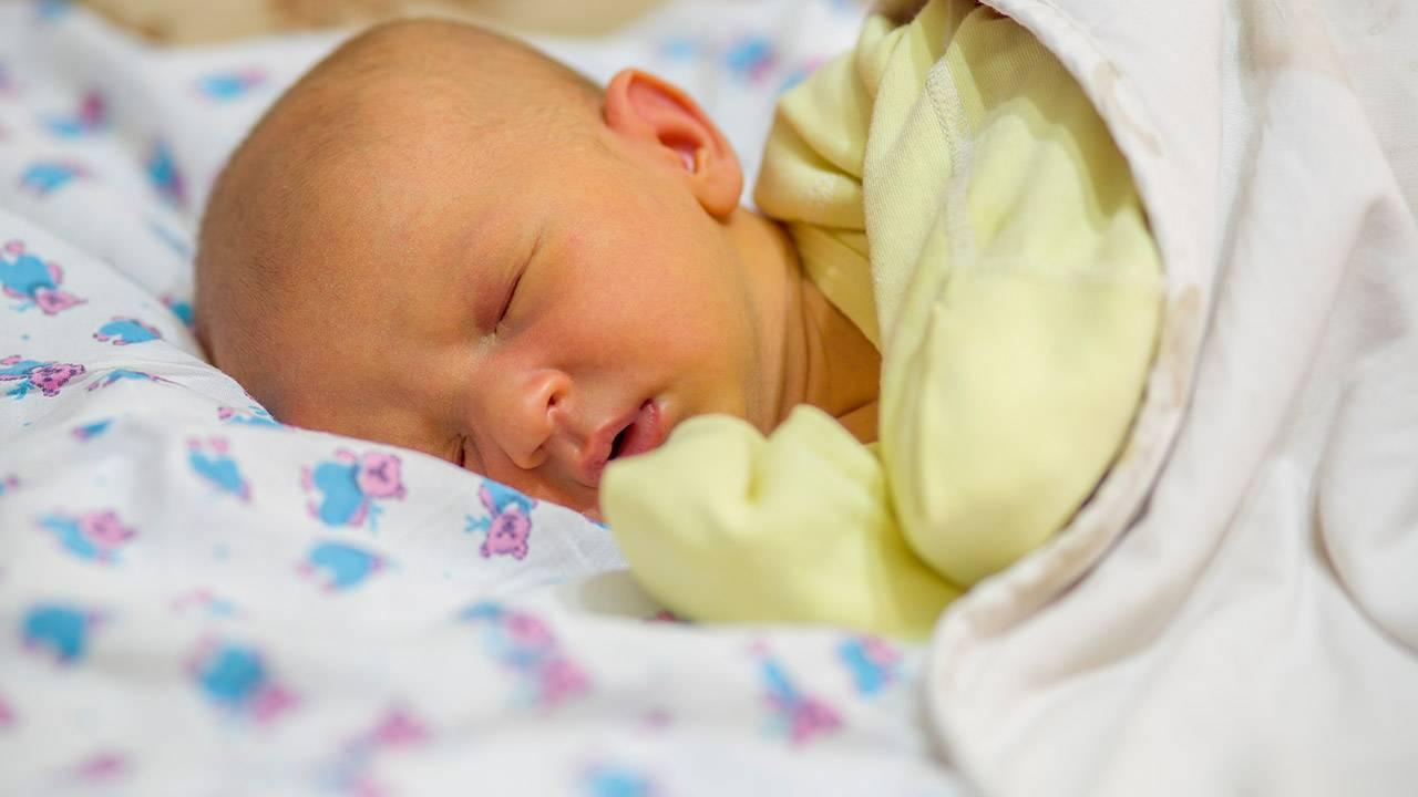 Как проявляется и лечится желтуха у детей?