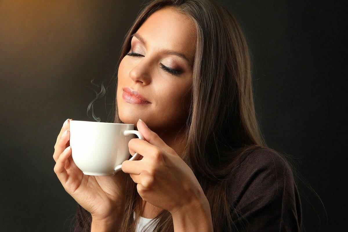 Диета при цистите у женщин: изменение питания для устранения неприятных симптомов