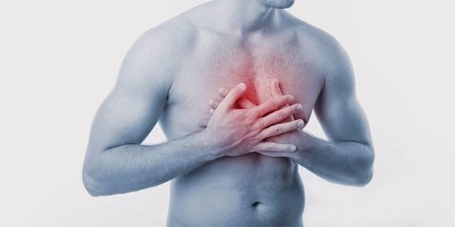 Во время кашля болит грудная клетка слева