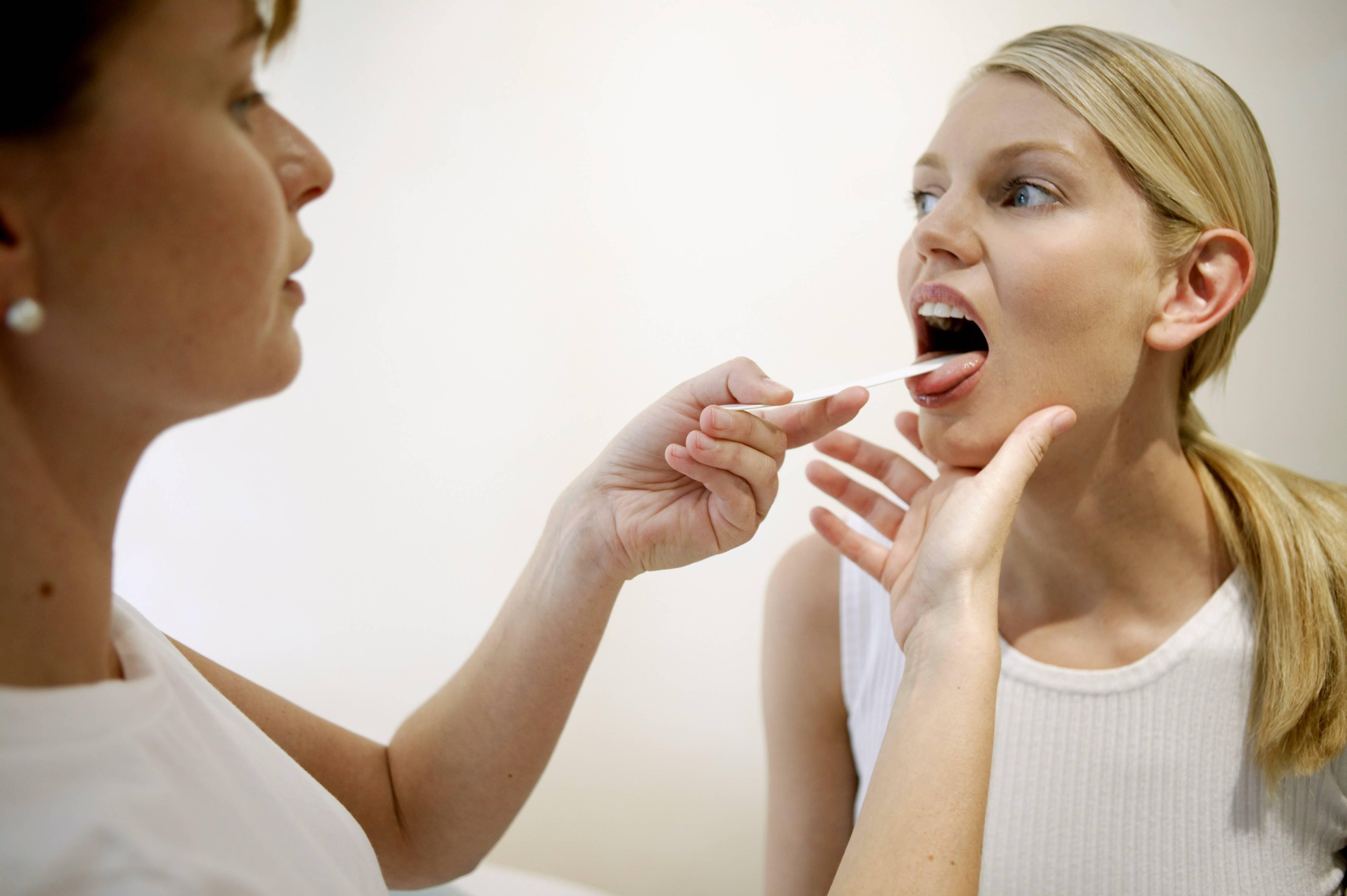 8 причин сухости во рту и 9 способов их устранить