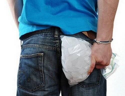 Можно ли применять лед в лечении геморроя?