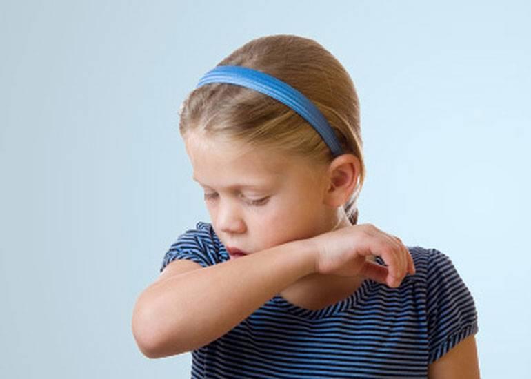 Как и чем лечить сильный кашель у ребенка