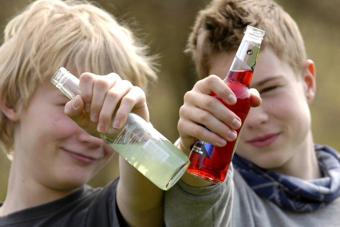 Подростковый, детский алкоголизм. причины и последствия