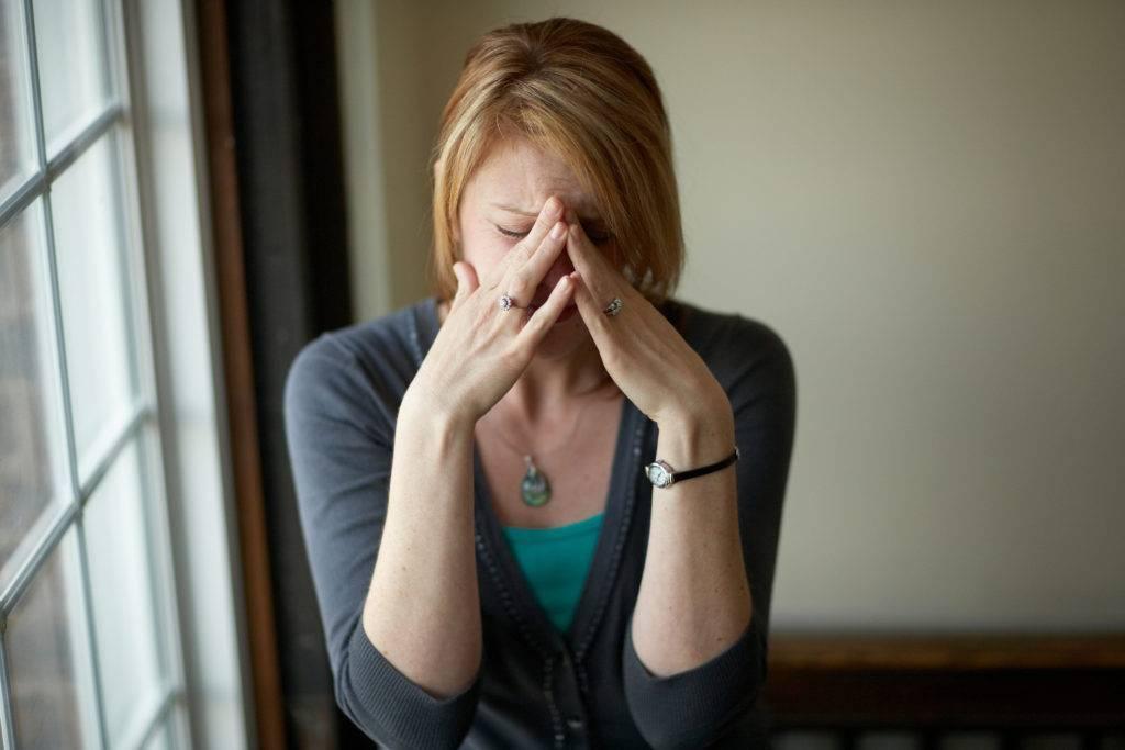 Стадии после расставания у женщин: как пережить