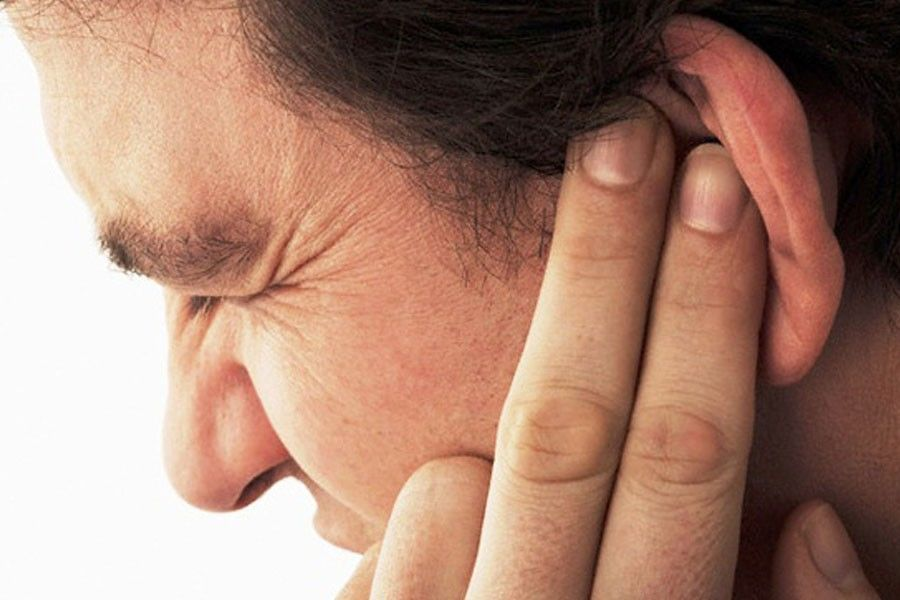 Опухло ухо внутри и болит, как лечить?