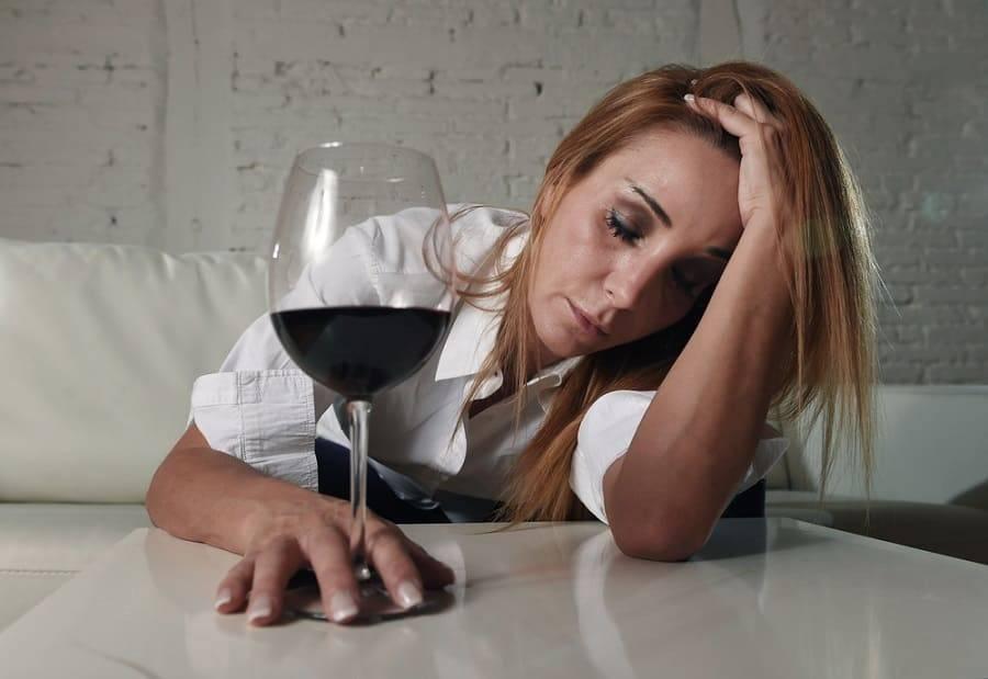 Можно ли пить алкоголь при цистите: рекомендации