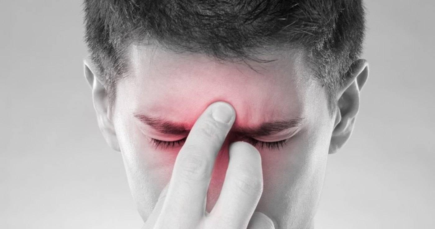 Что делать если болит лоб над бровью. что делать когда болит между бровями при насморке