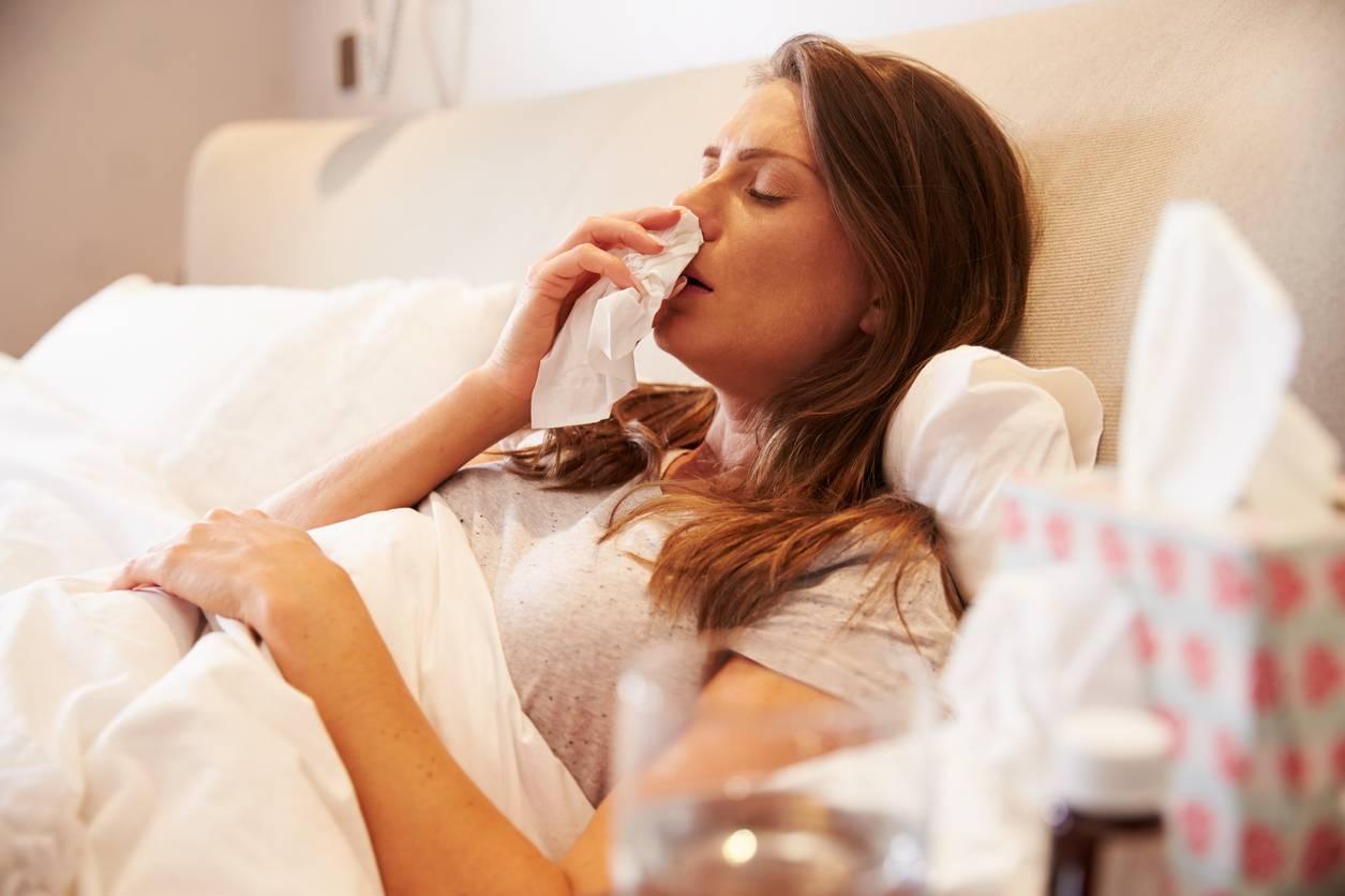 Как лечить насморк и кашель при беременности