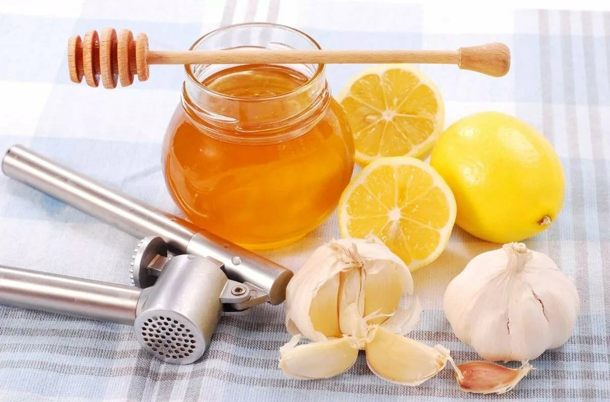 Рецепт от кашля с лимоном. от кашля поможет лимон и мед. лук с медом от кашля