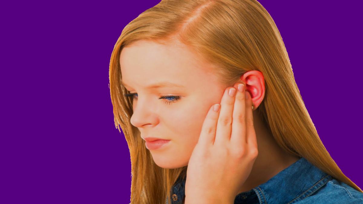 Горят уши: что это значит с медицинской точки зрения