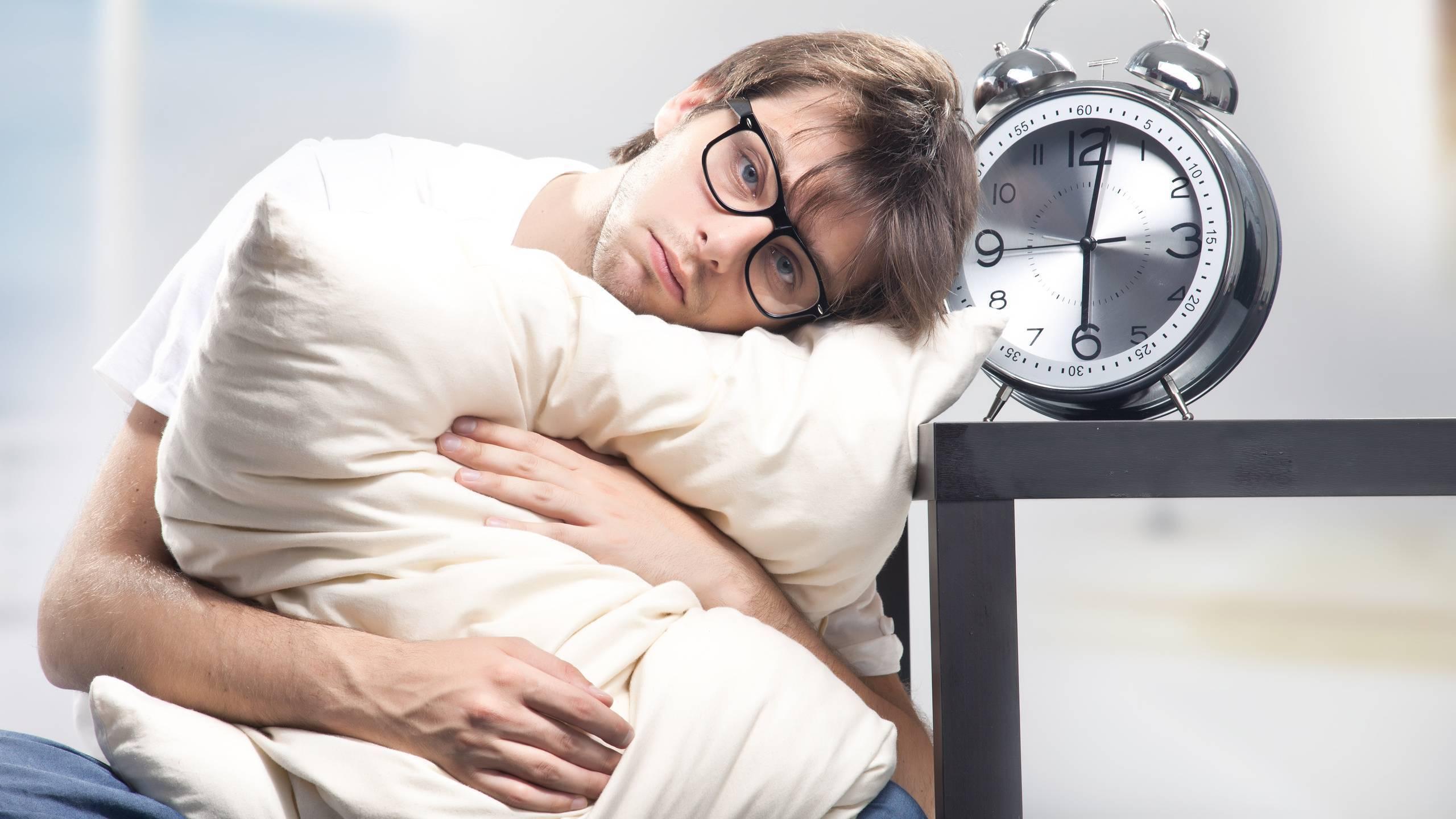 Бессонница: причины и лечение. причины хронической бессонницы у взрослых и детей