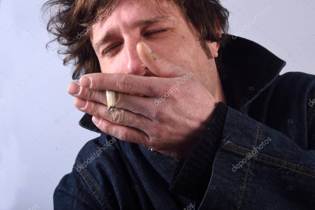 Кашель курильщика : причины, симптомы, диагностика, лечение