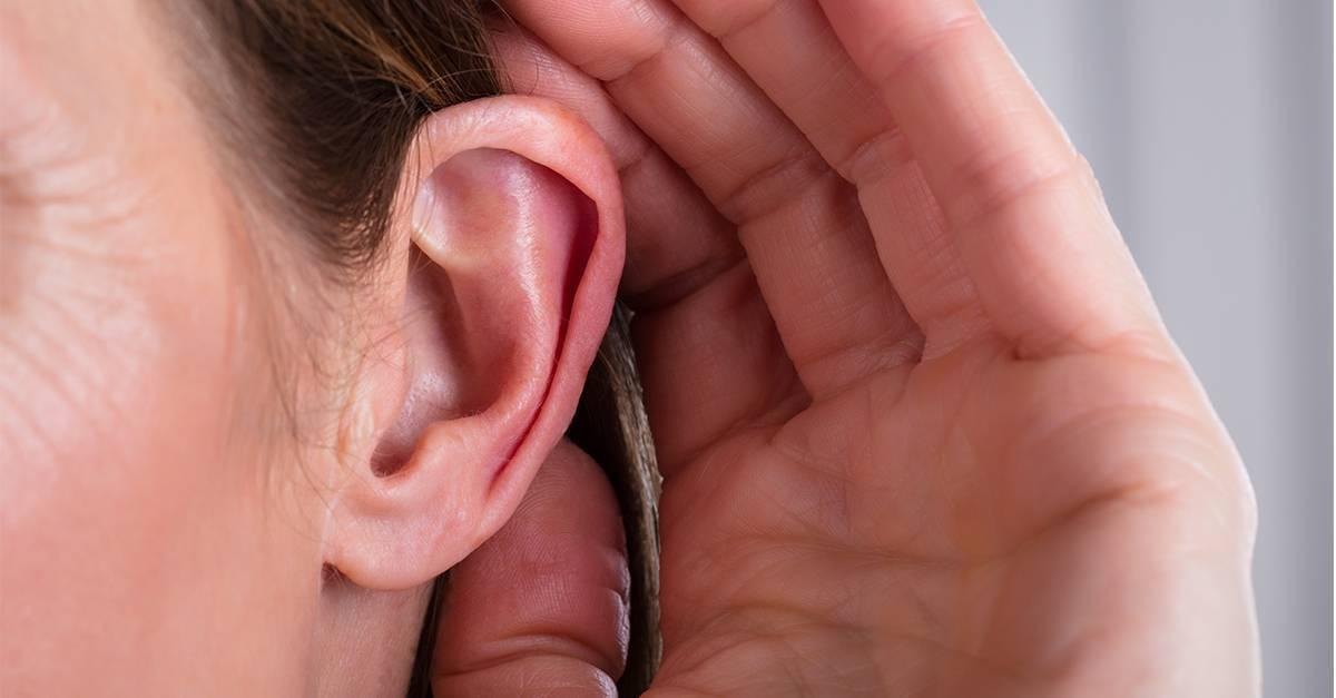 Заложено ухо при простуде: что делать, как лечить
