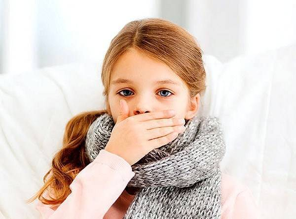 Чем вылечить влажный кашель с температурой у ребенка - правильный уход во время болезни