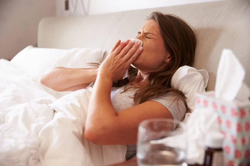 Лечение насморка при грудном вскармливании ребенка