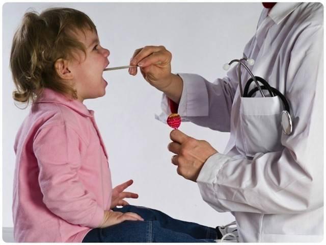 Кашель у ребенка в 2 года: чем лечить в домашних условиях