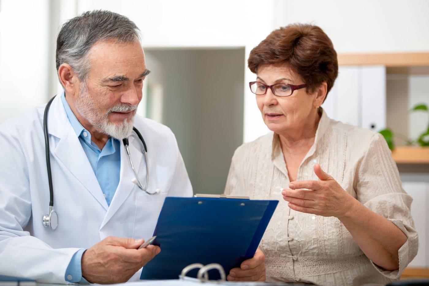 к какому врачу обращаться при болезни печени