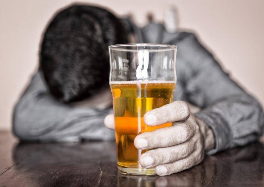 лечить печень после алкоголя