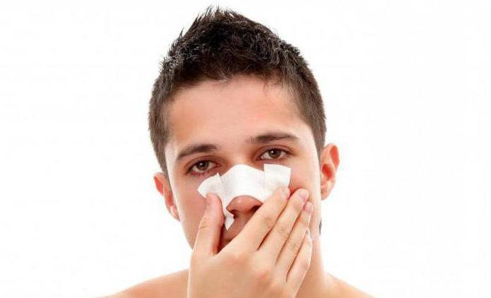 болит в носу