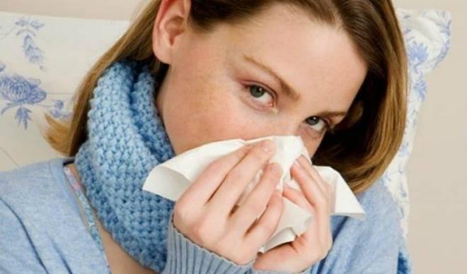 У ребенка насморк и температура: что делать?