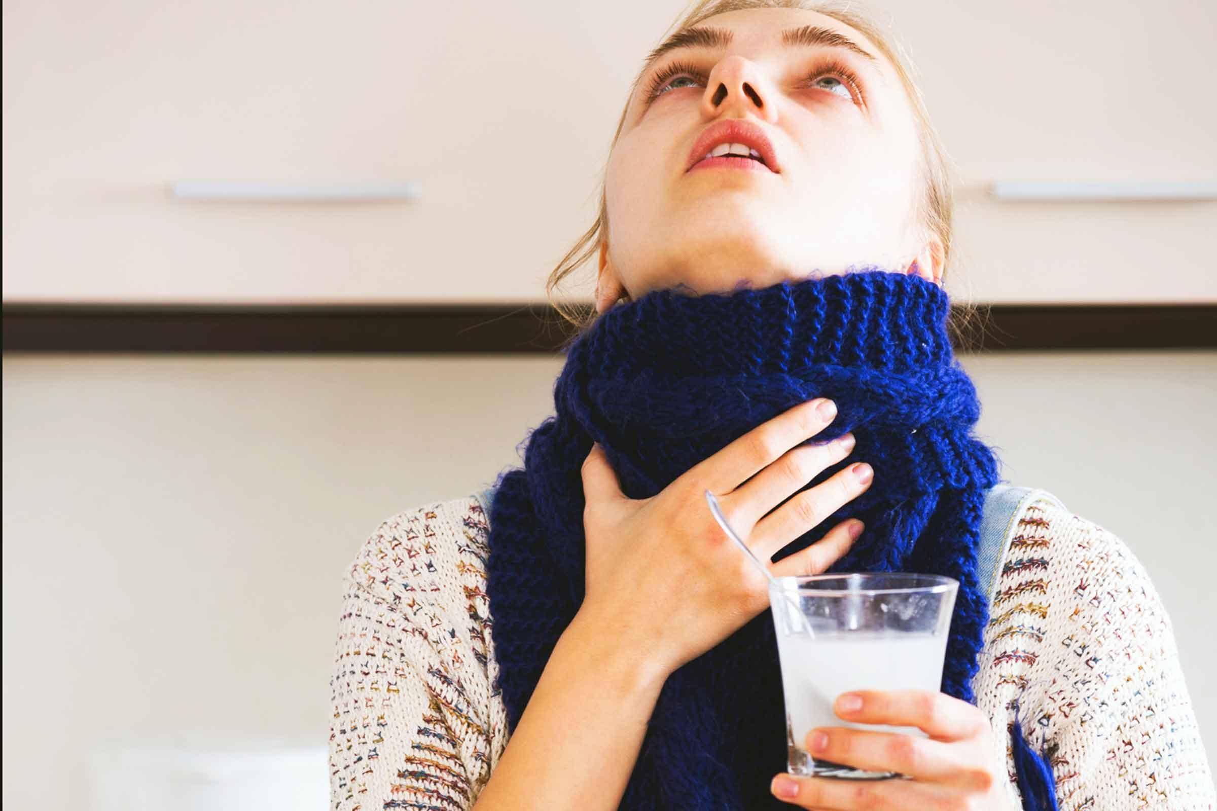 можно ли полоскать горло солью при ангине