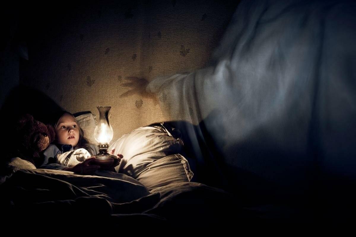 """Страх темноты. что скрывает страх темноты? - круглосуточная психологическая помощь онлайн """"точка опоры"""""""