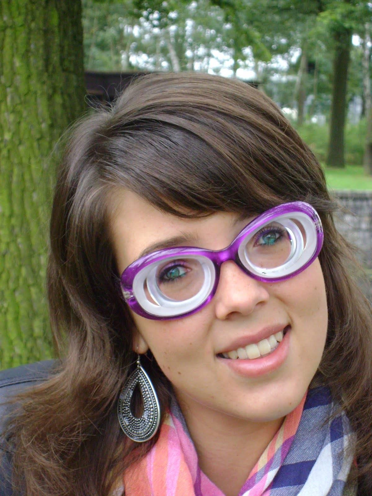 Очки при астигматизме: подбор окуляров, преимущества и недостатки коррекции