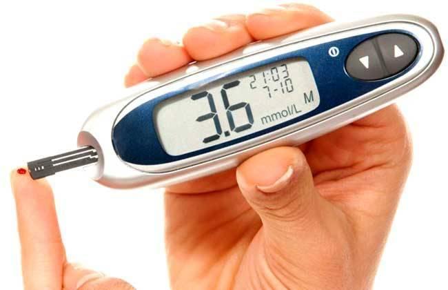 Прибор для измерения холестерина в крови в домашних условиях