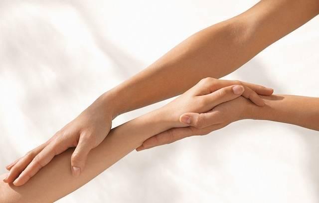 Симптомы и лечение лимфостаза руки после удаления молочной железы