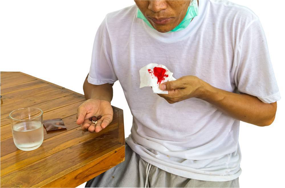 кашель с привкусом крови