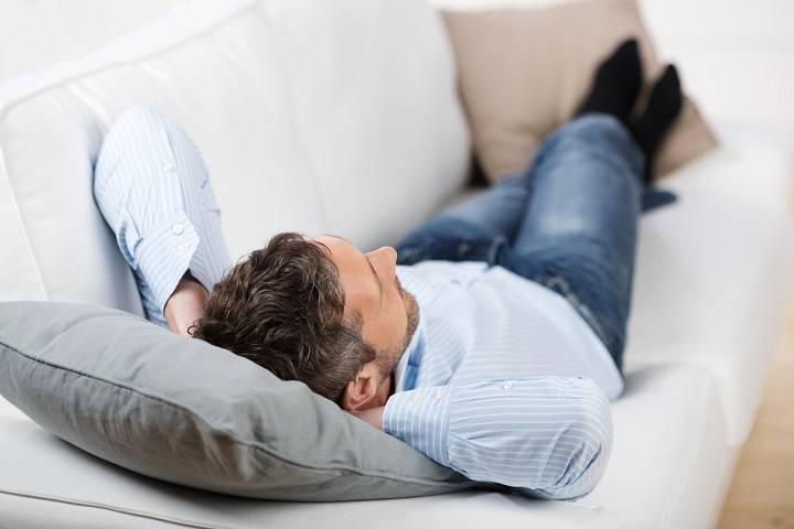 Депрессия у мужчин: терапия и препараты для лечения, рекомендации психологов