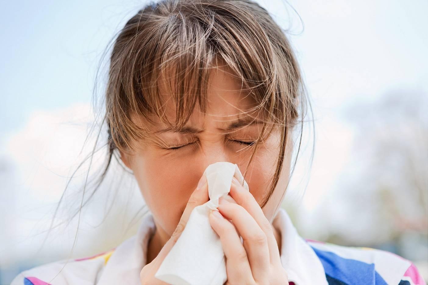Заложенность носа при аллергии: симптомы, лечение, профилактика
