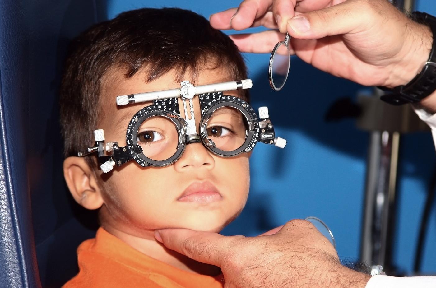 сложный гиперметропический астигматизм обоих глаз лечение