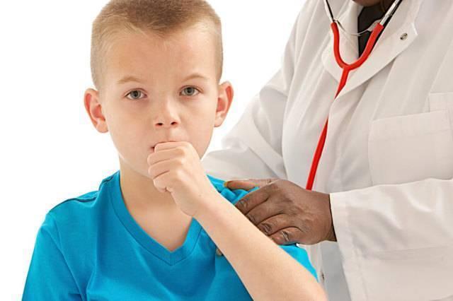 Как в домашних условиях лечить лающий кашель у ребенка?