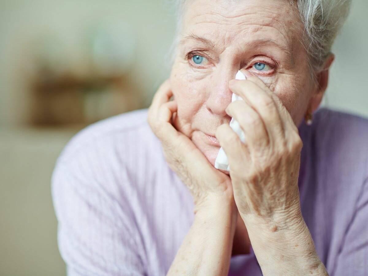 депрессия у пожилых людей лечение