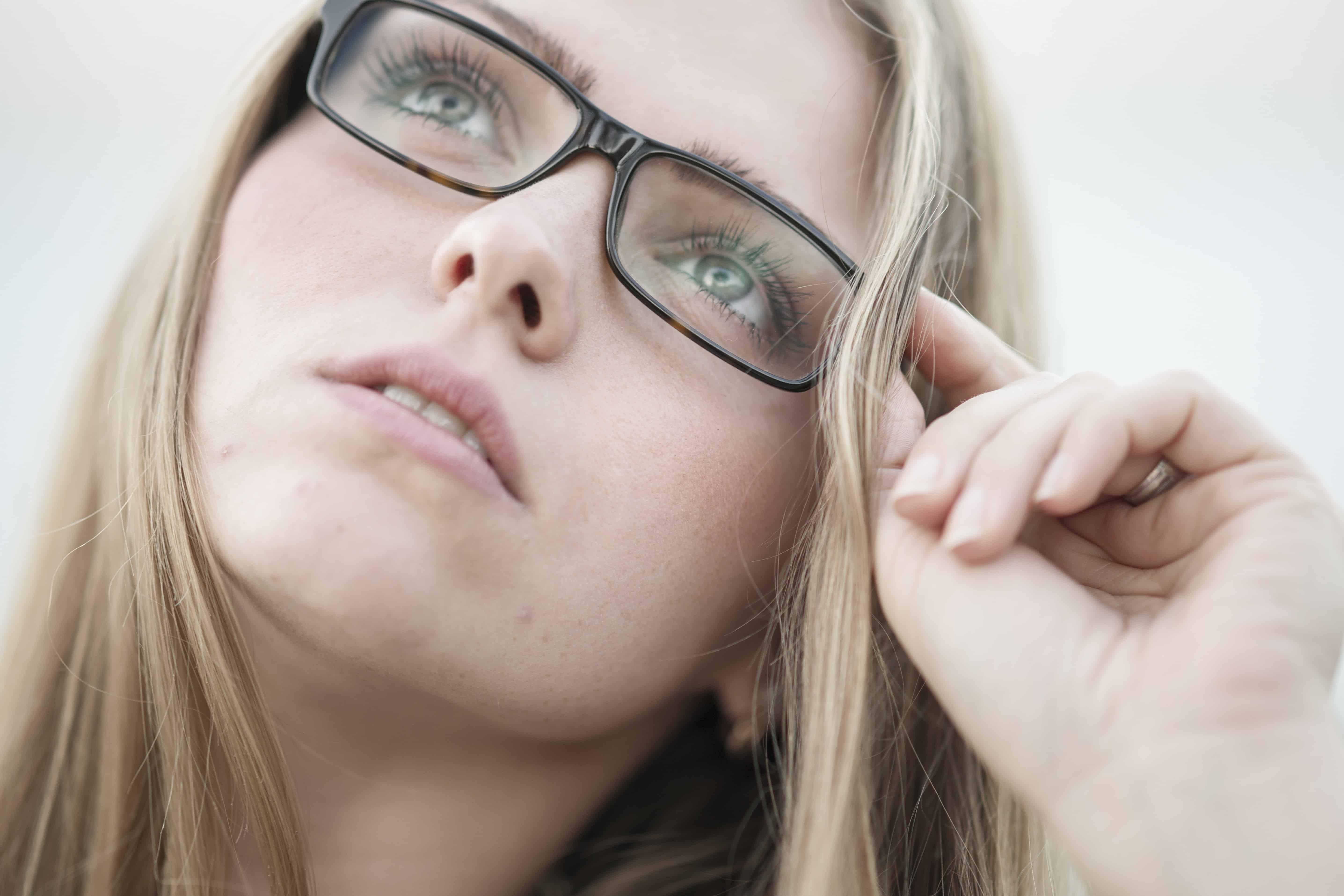 Очки при дальнозоркости: как правильно выбрать?