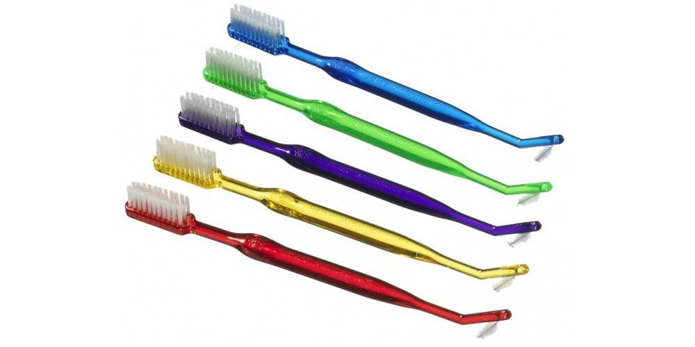 Зубная щетка для брекетов и другие предметы гигиены необходимые брекетоносцу