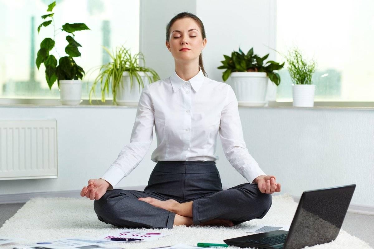 Йога при депрессии – помогает или нет?