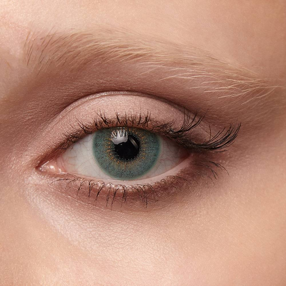 Есть ли вред от цветных линз для глаз