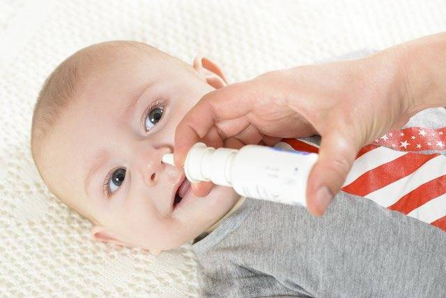 у младенца заложен нос комаровский