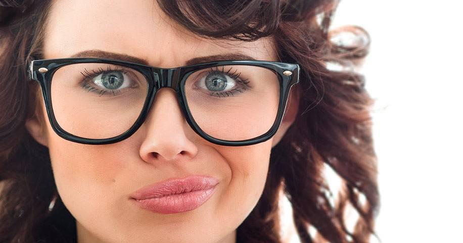 Очки при дальнозоркости – это плюс или минус, как их выбрать и носить